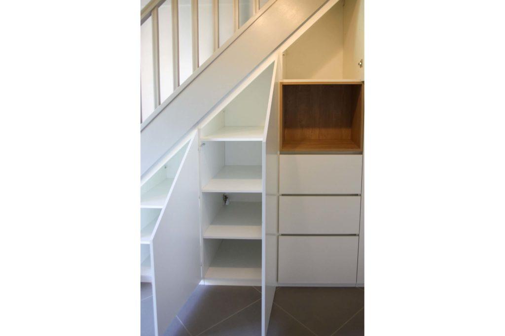 h-amenagement-sous-escalier-annecy-3