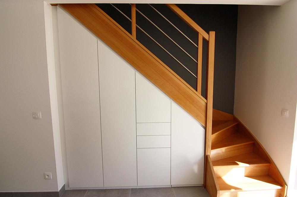 placard-sous-escalier-1