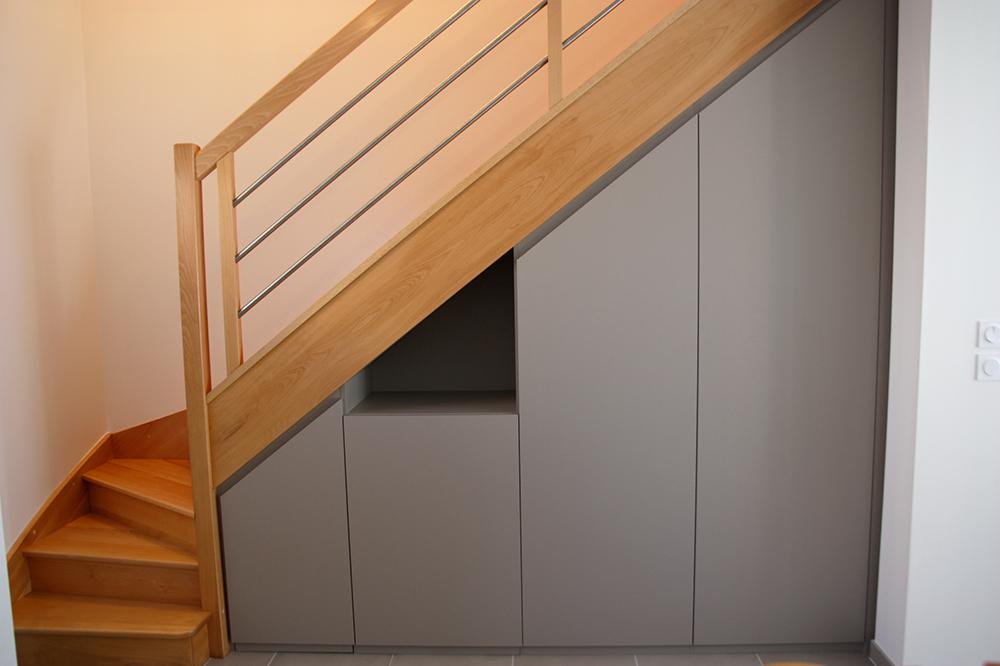 placard-sous-escalier