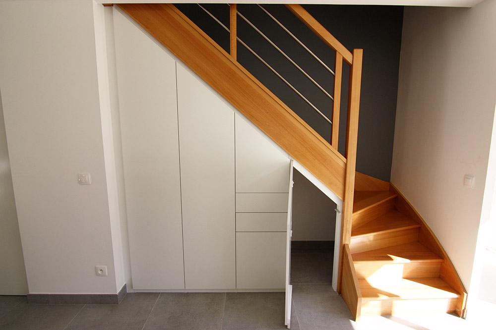 rangement-sous-escalier-1